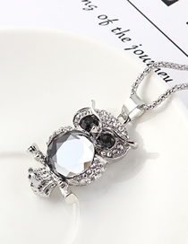 Fashion Platinum Owl With Diamond Necklace