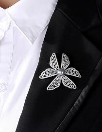 Fashion Platinum Micro-set Zircon Flower Pearl Brooch