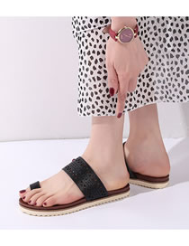 Fashion Black Large Size Toe Flat Bottom Non-slip Hollow Breathable Sandals And Slippers