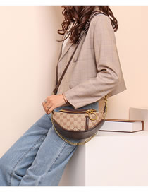Fashion Black Chain Lock Oil-edge Diagonal Shoulder Bag