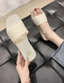 Fashion White Flat Woven Square Head Small Daisy Sandals And Slippers