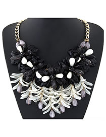 Fashion Black And White Resin Flower Stitching Chain Alloy Necklace