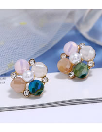 Fashion Green Diamond-shaped Pearl Alloy Stud Earrings