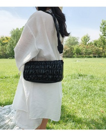 Fashion Black Pleated Solid Color Shoulder Crossbody Bag