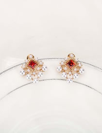 Fashion Red Diamond-shaped Pearl Geometric Alloy Earrings