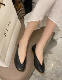 Fashion Black V-shaped Mouth Solid Color Round Toe Flat Shoes