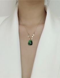 Fashion Emerald Gold-plated Carved Geometric Necklace
