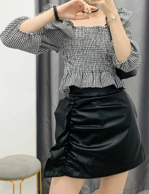 Fashion Black Leather Skirt With Square Neck And Wooden Ears