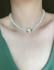 Fashion White Pearl Beaded Alloy Geometric Necklace
