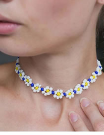Fashion Blue Rice Beads Beaded Flower Necklace