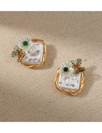 Fashion White Hand-wound Pearl Butterfly Flower Earrings