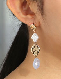 Fashion White Natural Stone Pearl Geometric Alloy Earrings