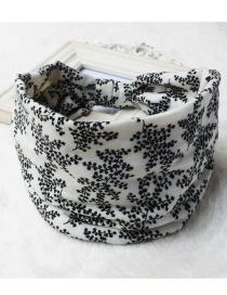 Fashion White Flower Printed Wide-sided Geometric Stretch Headband
