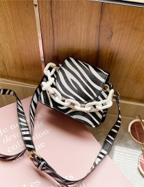 Fashion Zebra Pattern Contrasting Chain Print One-shoulder Messenger Bag