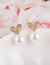 Fashion Gold Color Heart-shaped Pearl And Diamond Alloy Earrings