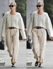 Fashion Creamy-white Twisted Round Neck Loose Short Knitted Sweater