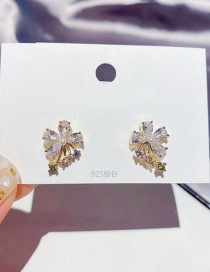 Fashion Real Gold Plated Copper Inlaid Zircon Pearl Flower Gold-plated Earrings