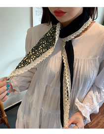 Fashion Black Small Floral Lace Stitching Triangle Scarf