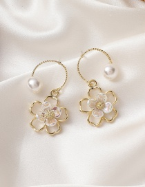 Fashion Golden Pearl Curved Flower Earrings
