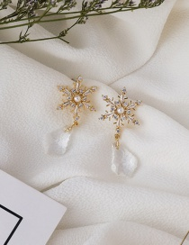 Fashion White Snowflake Pearl Crystal Geometric Earrings
