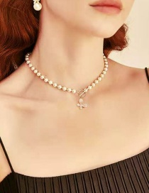 Fashion White Alloy Butterfly Pendant Pearl Necklace