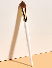 Fashion Off White Single Highlight Concealer Brush