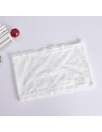 Fashion White Lace One Piece Seamless Breast Wrap