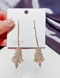 Fashion Real Gold Plated Micro-set Zircon Leaf Long Earrings