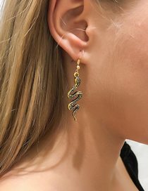 Fashion Gold Color Serpentine Animal Element Earrings
