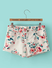 Fashion Off-white Floral Cotton Print Shorts