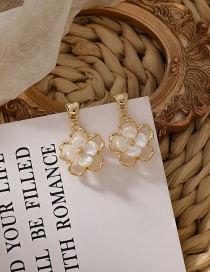 Fashion Gold Color Shell White Flower Earrings