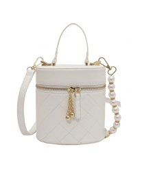 Fashion Beige Embroidery Thread Portable Pearl Chain Shoulder Bag