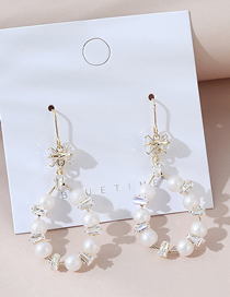 Fashion White Real Gold-plated Pearl Cutout Earrings