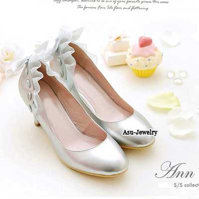 High Waist Silver Color Bow Tie Middle Heel