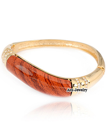 (Gloden) Korean vintage exquisite fashion wood decorated with CZ diamond charm design bend bangle