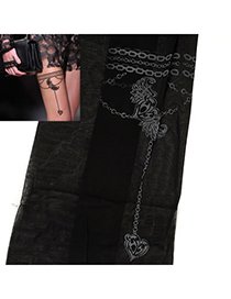Lariat Black Heart Chain Pattern Yarn Fashion Stockings