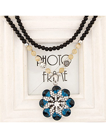 Limited Blue Diamond Decorated Flower Pendant Design Alloy Beaded Necklaces