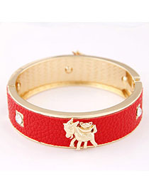 Crinkle Red Sheep Shape Decorated Simple Design Alloy Fashion Bangles
