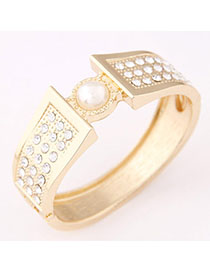 Modern Gold Color Pearl Decorated Simple Design Alloy Fashion Bangles