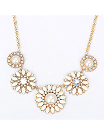 Native beige diamond decorated flower design