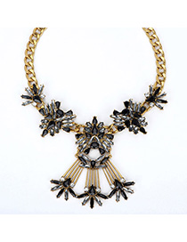 Synthetic Black Gemstone Decorated Simple Design Alloy Fashion Necklaces