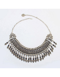 Flamenco Gray Gemstone Decorated Flower Design Alloy Fashion Necklaces