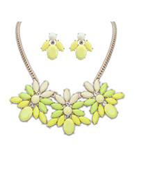 Automatic Yellow Gemstone Decorated Flower Design Alloy Jewelry Sets