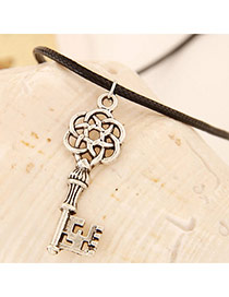 High-quality Gun Black Key Shape Pendant Decorated Simple Design Alloy Pendants