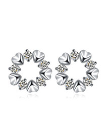 Luxurious White Diamond Decorated Heart Shape Design  Cuprum Crystal Earrings