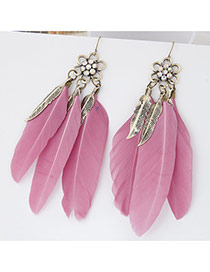 Personality Pink Flower Shape Decorated Three Feather Pendant Design