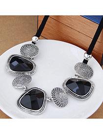 Exaggerated Black Gemstone Decorated Geometry Shape Simple Design