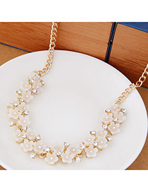 Sweet White Flower Shape Decorated Simple Design