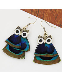 Sweet Multicolor Feather Decorated Owl Shape Design
