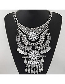 Temperament Silver Color Hollow Out Flower&tassel Pendant Decorated Short Chain Design